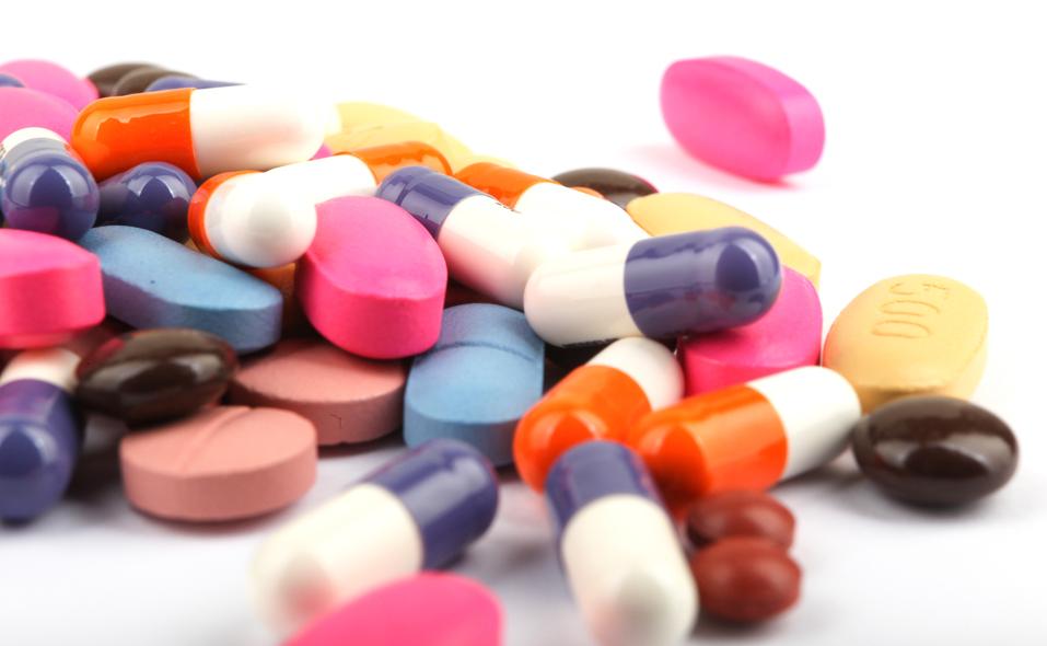 """Vigencia de la especialidad en ciencias de la salud """"Farmacia Hospitalaria y de atención primaria"""" y su equivalencia con la antigua especialidad en """"Farmacia Hospitalaria"""""""