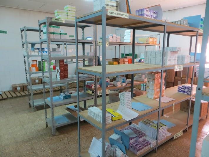 Almacén general organizado. Hospital de Gambo. Etiopía.